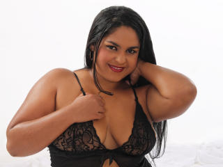 Picture of the sexy profile of MelanyBigAss, for a very hot webcam live show !