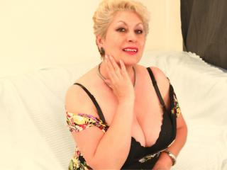 Picture of the sexy profile of MisteryBliss, for a very hot webcam live show !