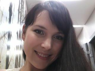 ModestNHot webcam