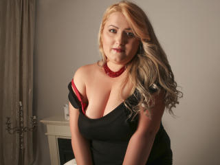 SeductiveBodyX webcam
