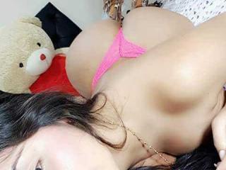 TyraHotty webcam