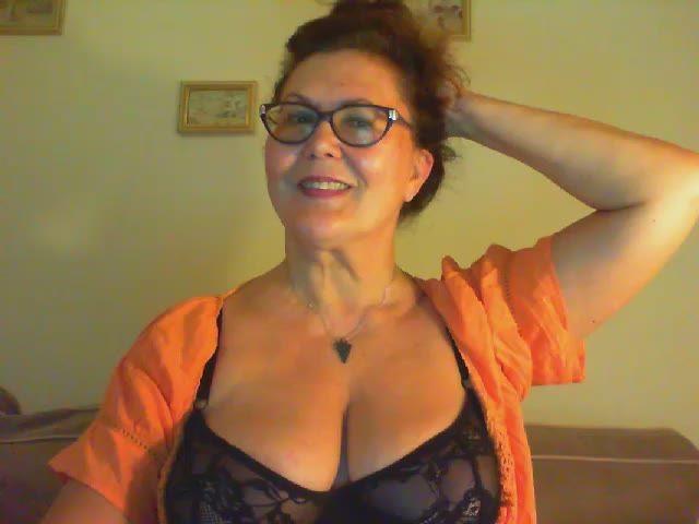 Видео веб камеры зрелые женщины государство, народ